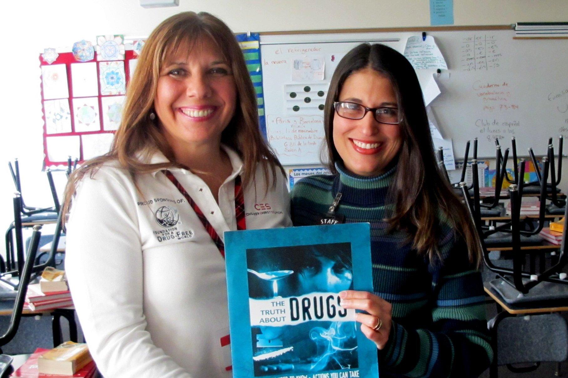 truth about drugs Lynn Posyton with Teacher